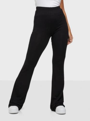 NLY Trend Show Pants Black